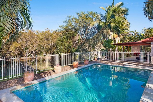 8 Semillon Court, Tweed Heads South NSW 2486