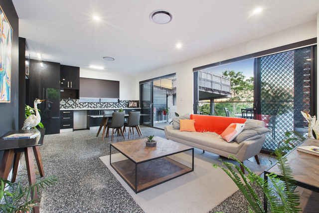 72 Gladstone Road, QLD 4101