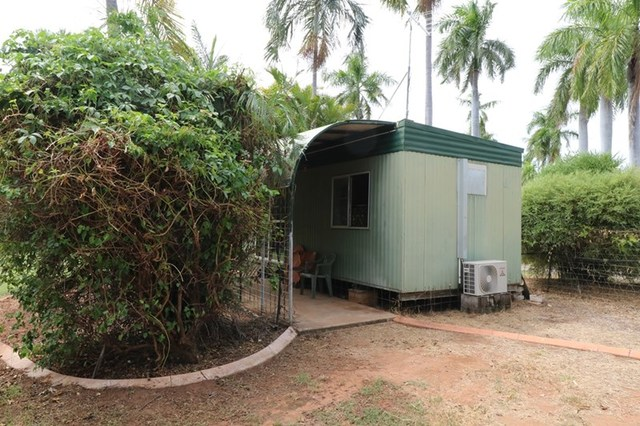 194 Shadforth - Cabin One, Katherine NT 0850