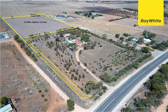 2197 Mannum Road, Murray Bridge SA 5253