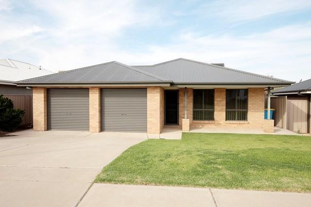 14 Bindari Avenue, Glenfield Park NSW 2650
