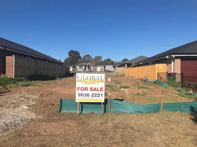 19 Wheatley Dr, Airds NSW 2560