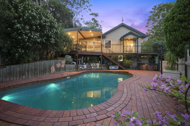 10 Carisbrooke Avenue, New Lambton Heights NSW 2305