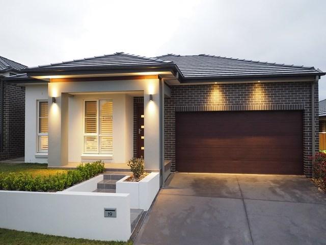 19 Yerrang Avenue, Glenmore Park NSW 2745