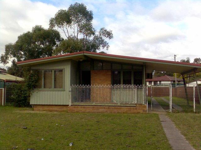 8 Langley Place, Blackett NSW 2770