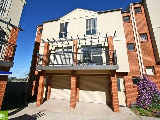 10/35 Bridge Street, Coniston NSW 2500