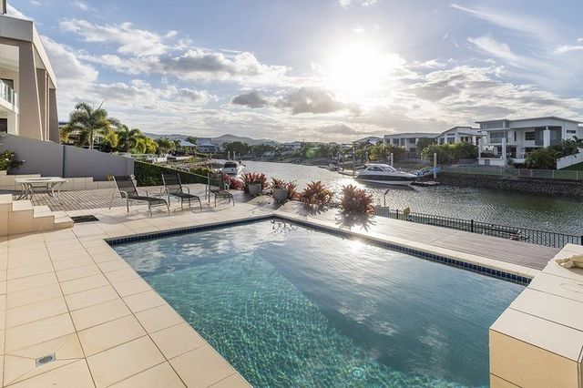 21 Southaven Drive, Helensvale QLD 4212