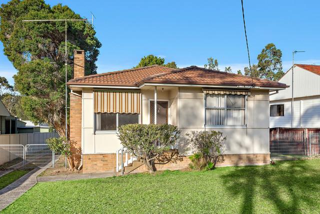 9 Eager Street, Corrimal NSW 2518