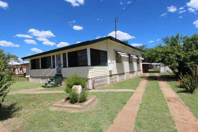 32 Edward Street, Charleville QLD 4470