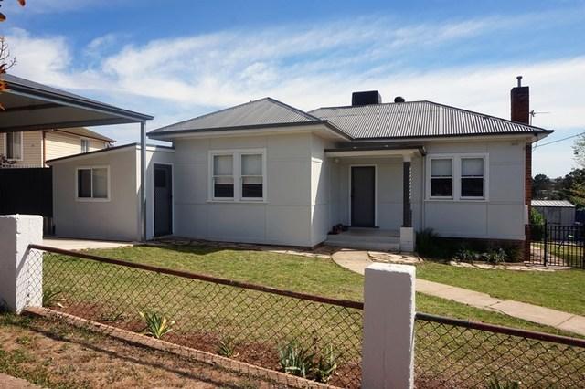 15 Anzac Avenue, Junee NSW 2663