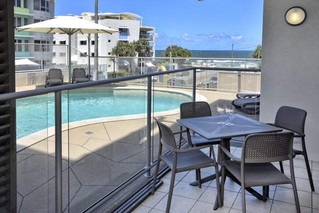 2/12 Merrima Ave, Kings Beach QLD 4551
