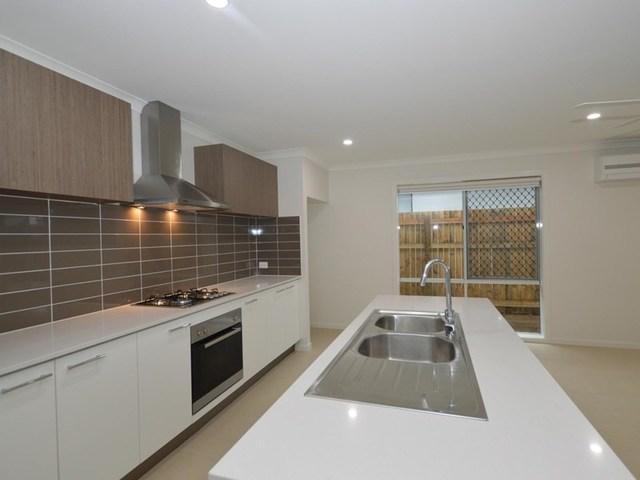 19 Hilton Street, Bellbird Park QLD 4300