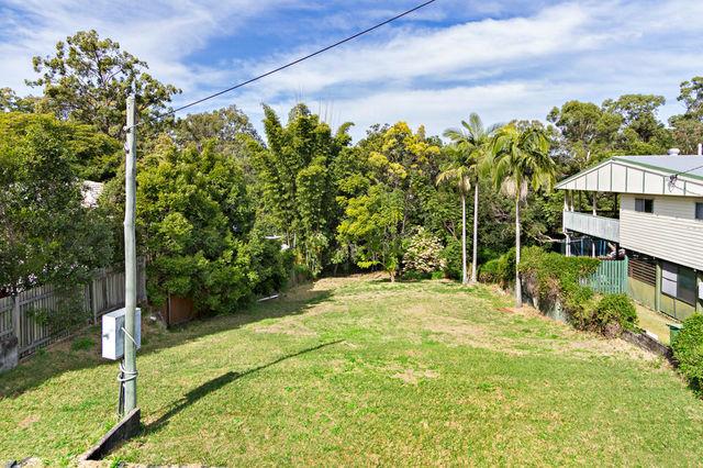 28 Eveleigh Street, Arana Hills QLD 4054