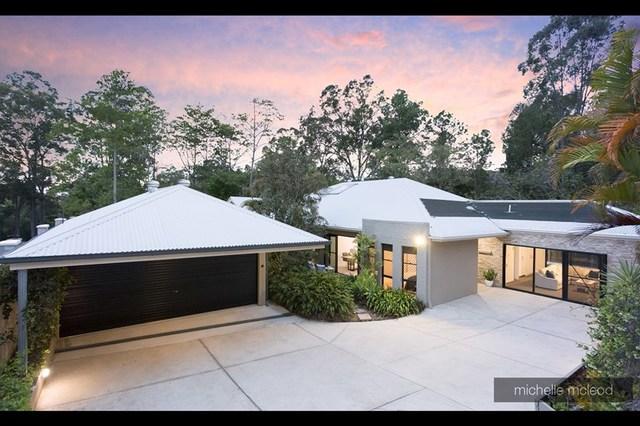 2 Carissa Place, Chapel Hill QLD 4069