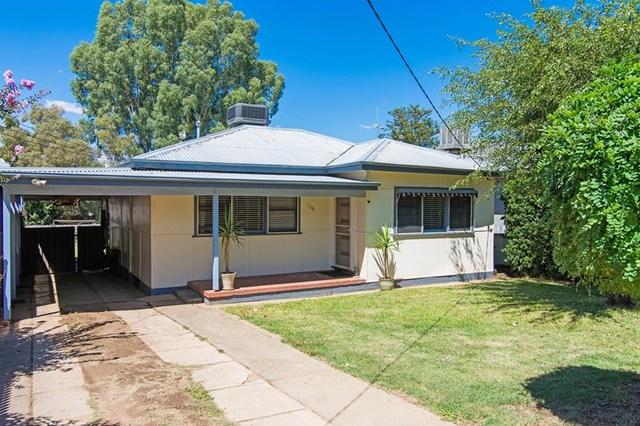 105 Grove Street, NSW 2650