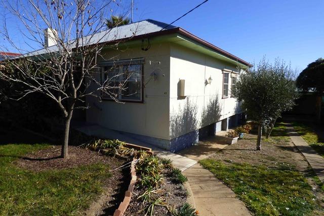 41 Lucan Street, Harden NSW 2587