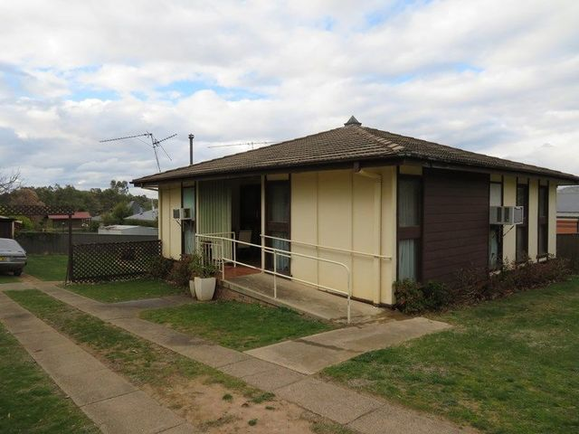 25 O'Hagan Street, Gundagai NSW 2722