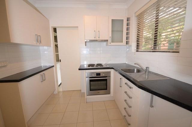 3/8 Pittwater Road, Gladesville NSW 2111