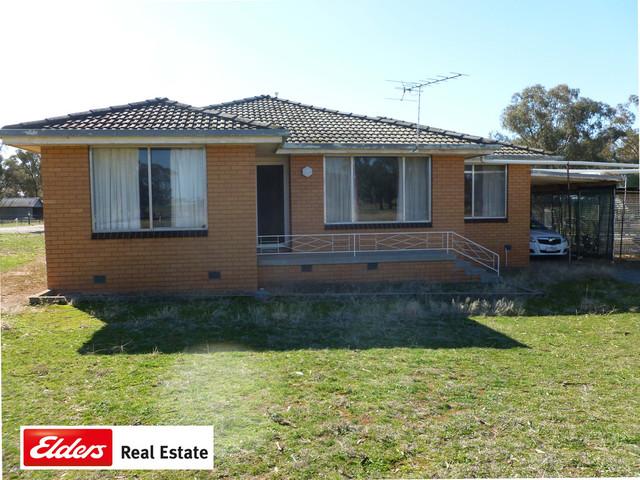 2181 Western Road, Urangeline NSW 2656