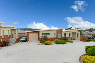 1, 2 and 3/35 Cavenor Drive