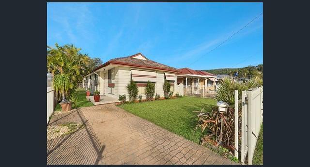 72 Lone Pine Ave, Umina Beach NSW 2257