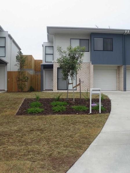 "2/11 Chrome Drive ""oreland Estate"", Pimpama QLD 4209"