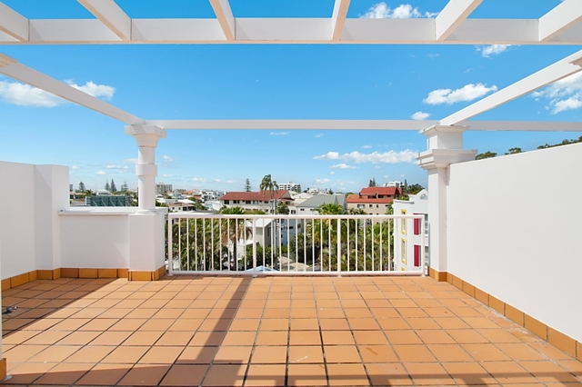 45/28 Chairlift Avenue, Miami QLD 4220
