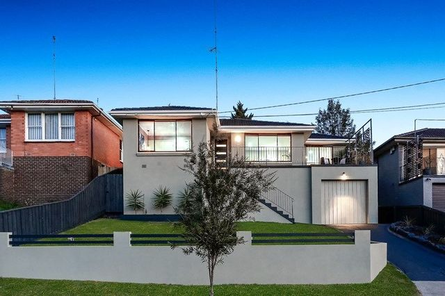 66 Valley Crescent, VIC 3046