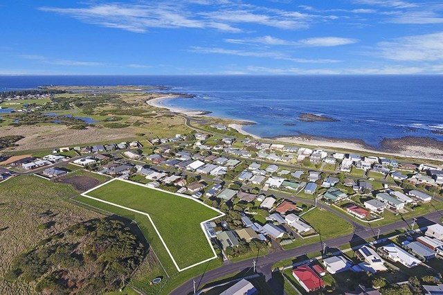 Cnr Powling And Hill Street, Port Fairy VIC 3284