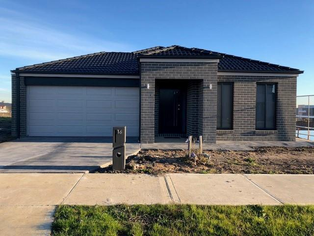 16 Speargrass Close, Clyde North VIC 3978