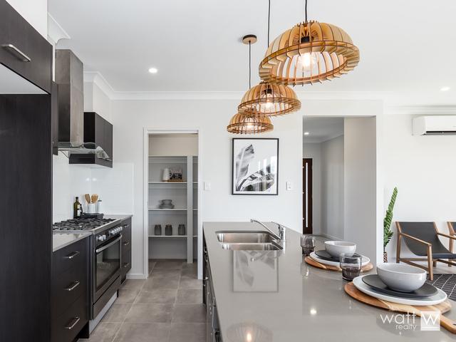 39 Sirocco Place, Bald Hills QLD 4036