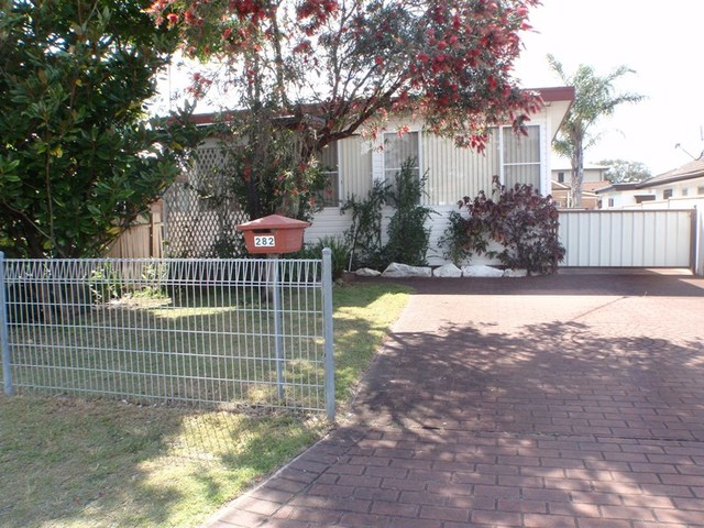 282 Trafalgar Avenue, Umina Beach NSW 2257