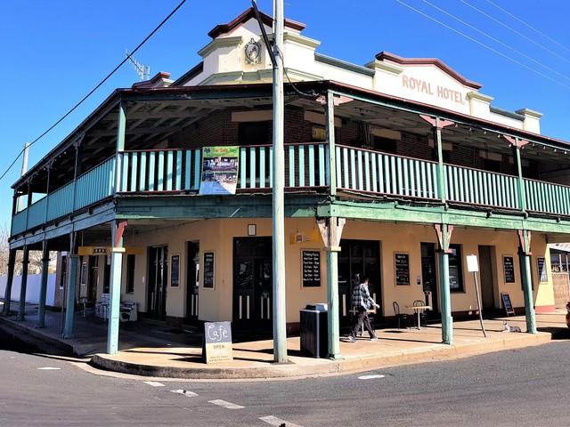 26 Renshaw St, NSW 2395