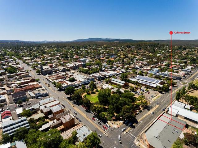 42 Forest Street, Castlemaine VIC 3450
