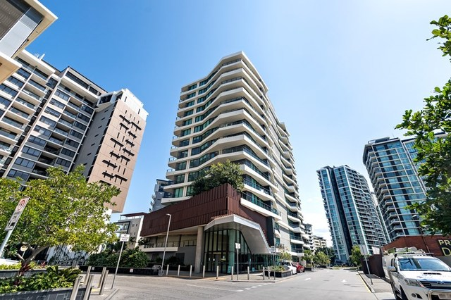 203/37B Harbour Road, QLD 4007
