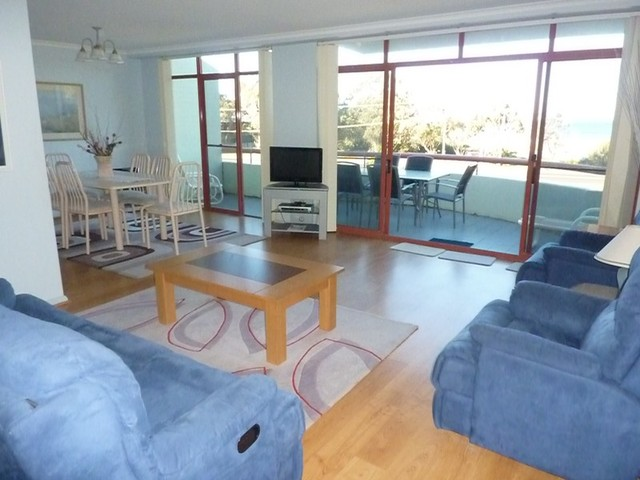 14/1A Mitchell Parade, Mollymook NSW 2539
