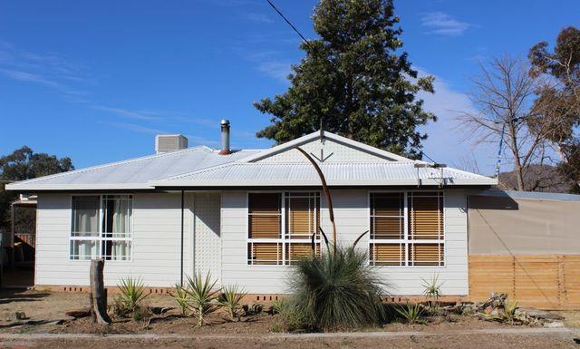 3 Beverley Close, Kootingal NSW 2352
