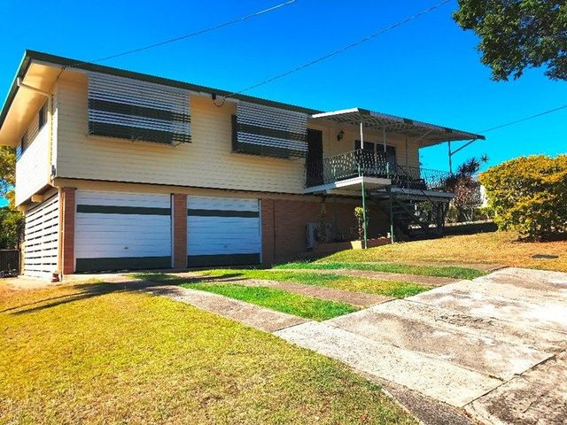 3 Fontaine Street, Stafford Heights QLD 4053