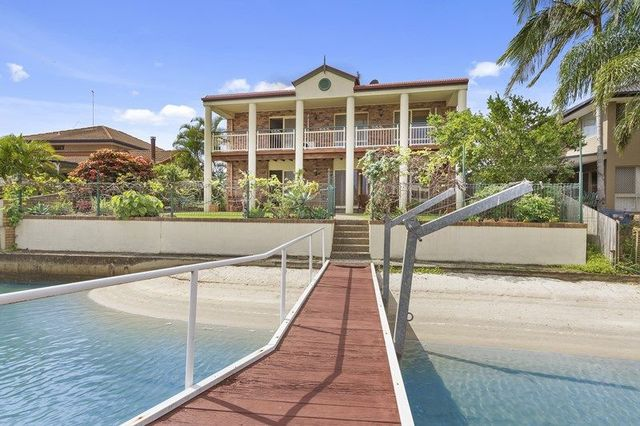 64 Oxley Drive, Paradise Point QLD 4216