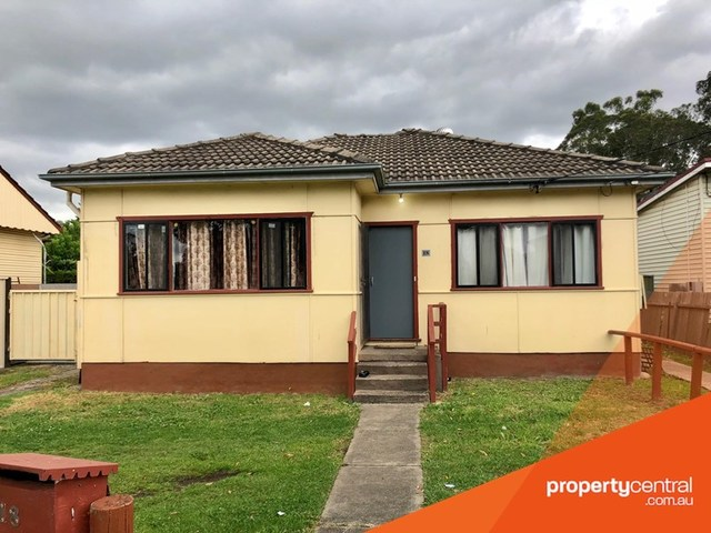 18 Derby Street, Kingswood NSW 2747