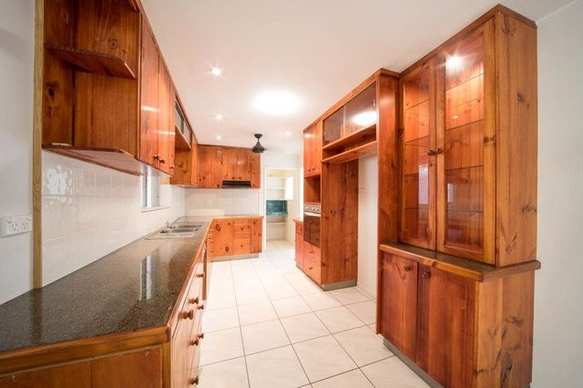 132 Conway Road, Preston QLD 4800