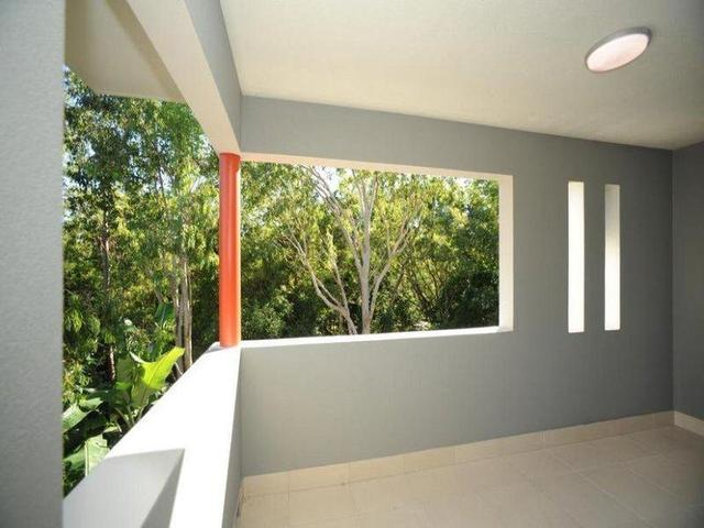 5/11 Eshelby Drive, Cannonvale QLD 4802