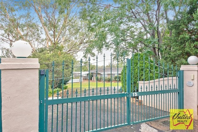 13 Centennial Lane, Ellis Lane NSW 2570