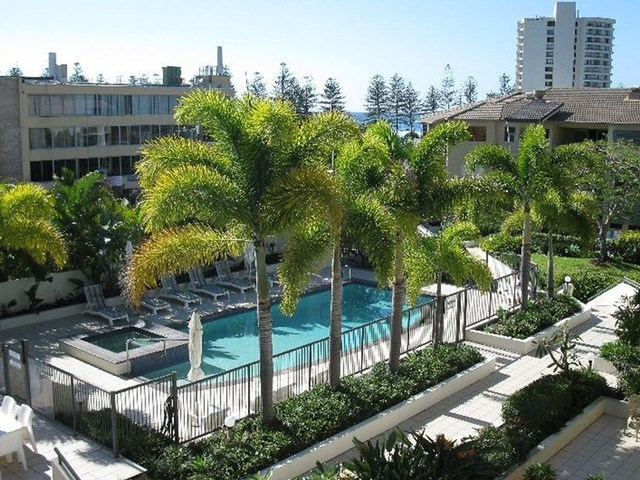 41/4 Park Avenue, Burleigh Heads QLD 4220