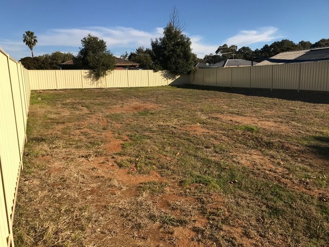 266 Fernleigh Road, Ashmont NSW 2650