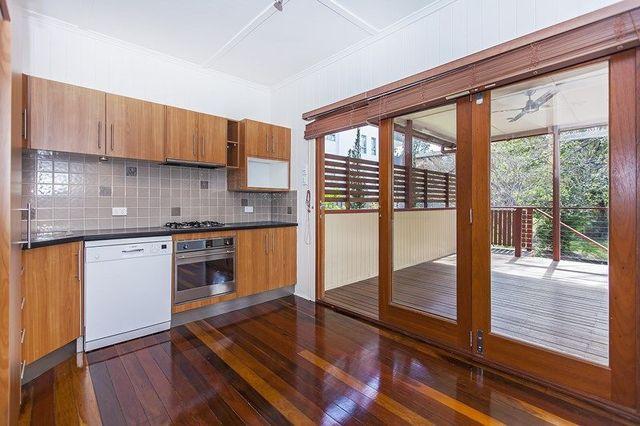 36 Cartwright St, QLD 4030