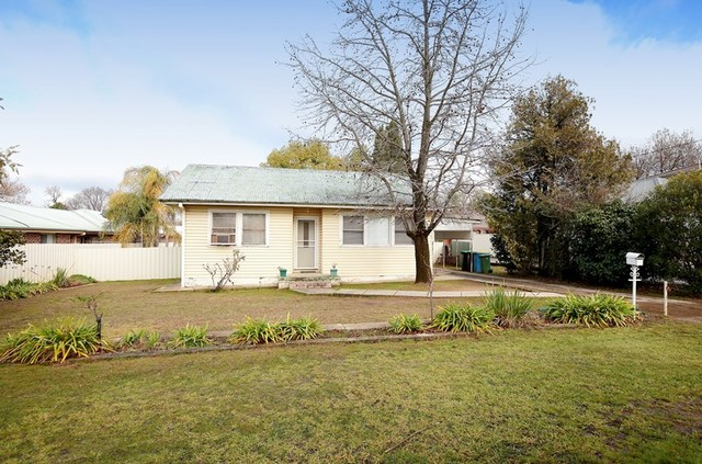 408 Lake Albert Road, Kooringal NSW 2650