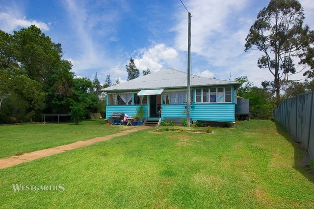 67 Campbell Street, Oakey QLD 4401