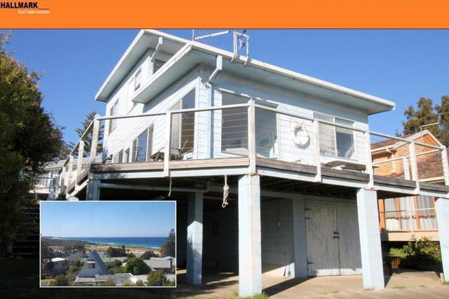 16 Chauvel Crescent, Tuross Head NSW 2537