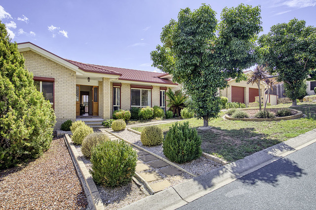32 Kettlewell Crescent, ACT 2906